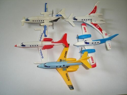 KINDER SURPRISE PLASTIC TOYS MINIATURES JETS 1997 MODEL AIRPLANES SET