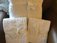 Pottery Barn Washed Cotton King Quilt & 2 King Shams - White