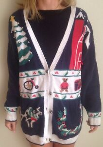 Thats Me Womens Xl Mens Ugly Christmas Sweater Cardigan Tree Bear