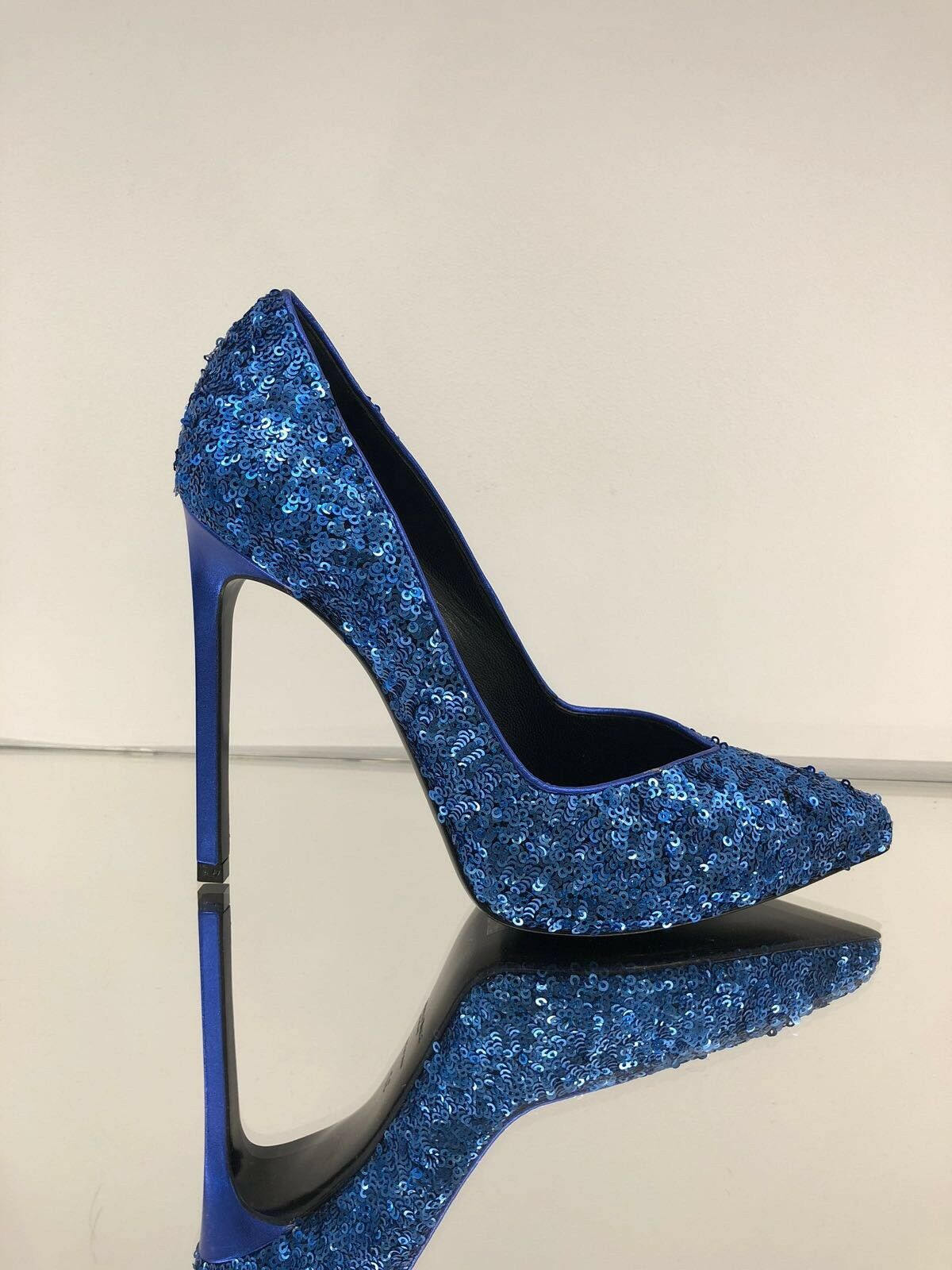 Saint Laurent YSL Paris 105 V V V Cut Sequin Pumps schuhe Royal Blau 38 f8729d