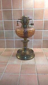 VICTORIAN-EDWARDIAN-ART-NOUVEAU-OIL-LAMP