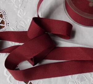 Collection Ici Ruban De Gros Grain Polyester Bordeaux 2.5 Cm Vendu Par Multiples De 2 M*