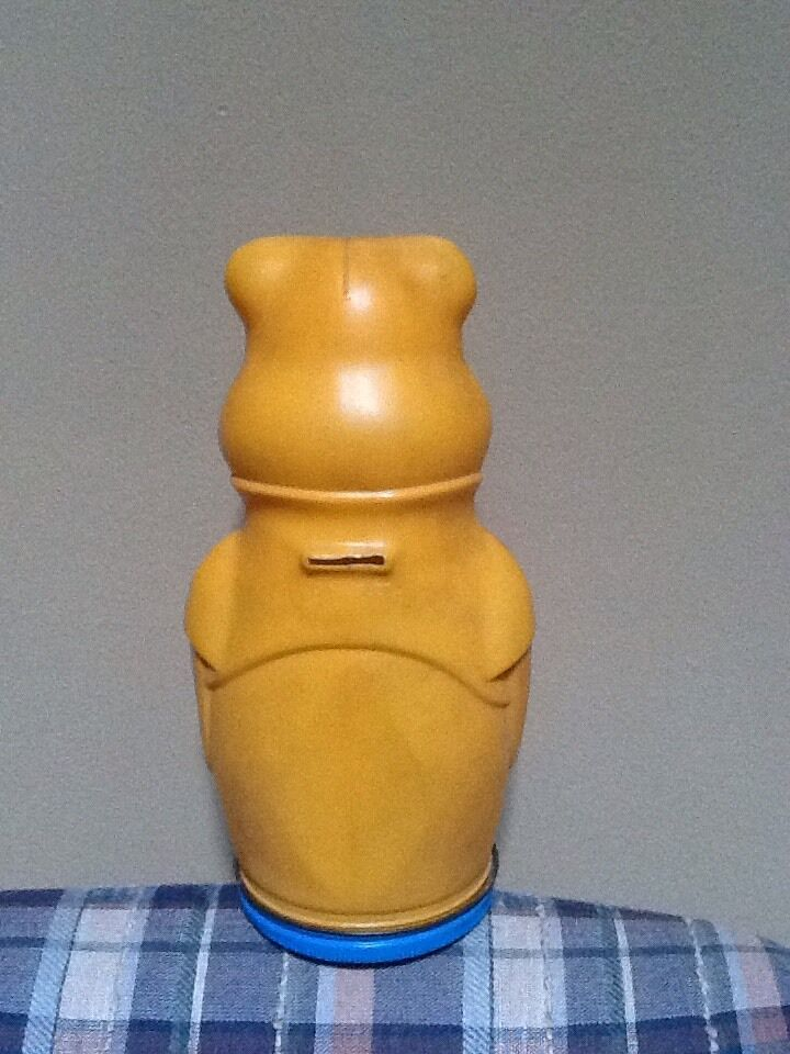 Winnie The Pooh Bear Puppets Wheat Puffs Cereal Bank Bank Bank 1966 Nabisco - Cut b586b5