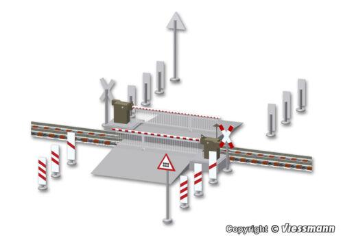 Viessmann H0 1504 Bahnschranke mit Behang vollautomatisch Neu
