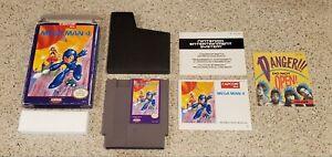 Mega-Man-4-IV-Nintendo-NES-lot-Box-Poster-amp-Manual-Complete-CIB-Capcom-TESTED