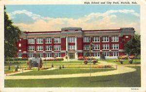 High-School-amp-City-Park-Norfolk-Nebraska-ca-1940s-Vintage-Postcard