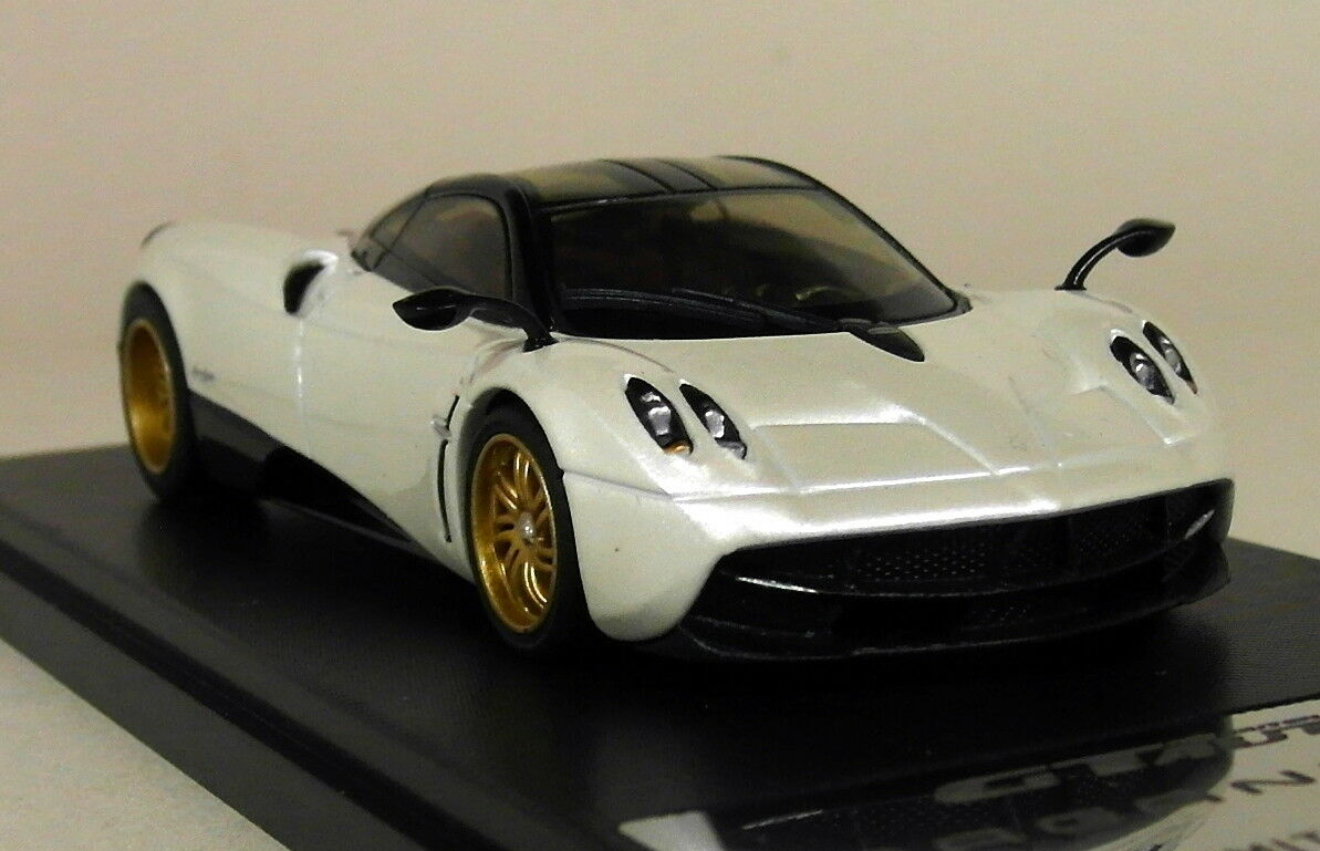 GT Auto 1 43 Scale - Pagani Huayra Pearl White Diecast Model Car
