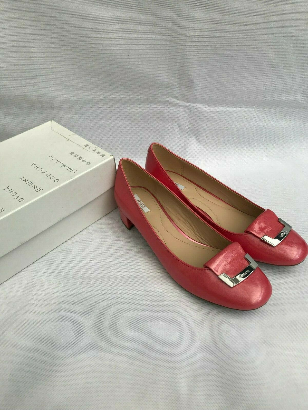 GEOX D Cocheey A D52V8A Rounded Toe Ballet Pumps in Coral Talla UK 7.5   EU 41