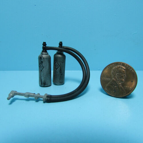 Dollhouse Miniature Metal Gas Cutter Set Tool for Shed and Work Bench G8135