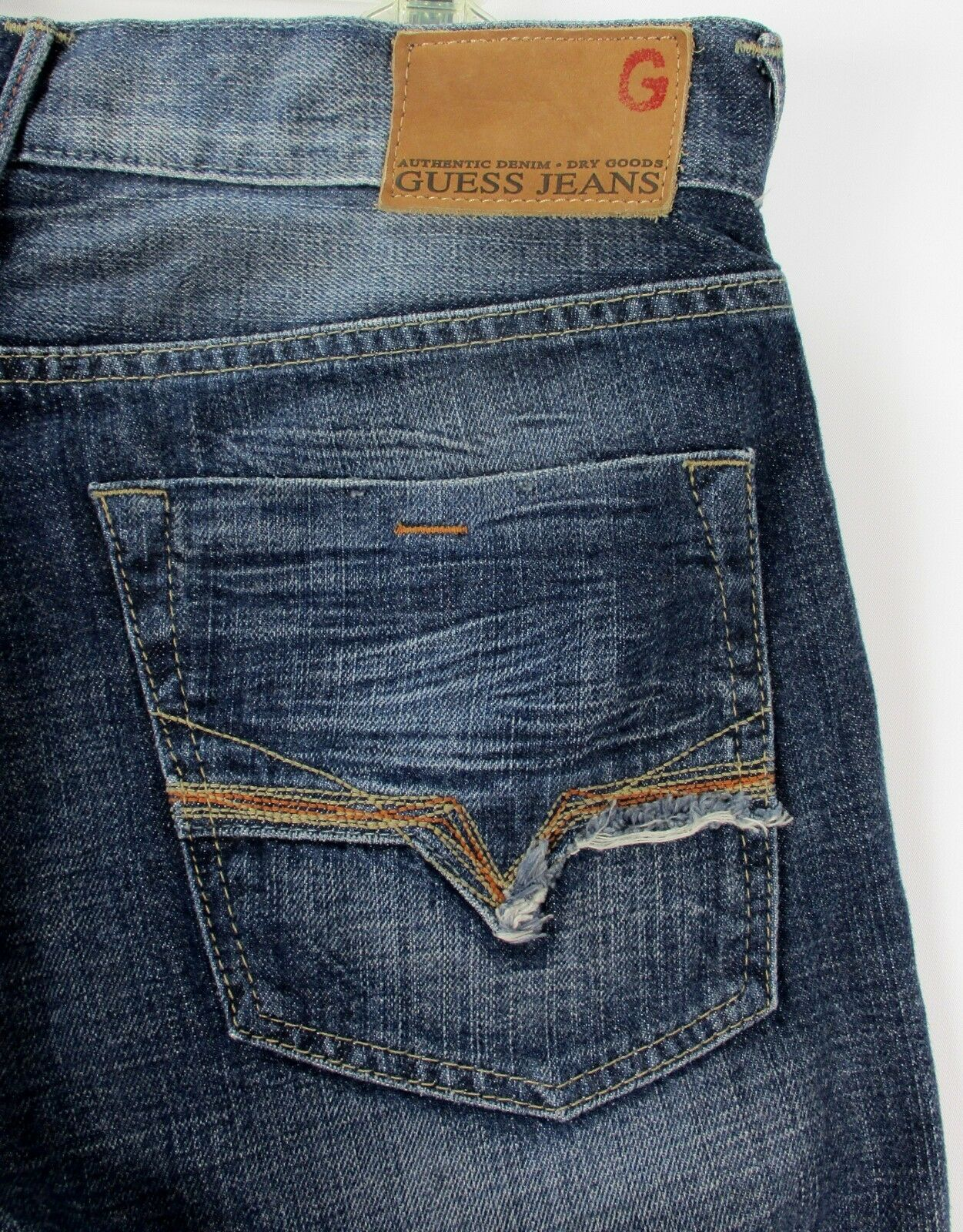 NWT Guess Marshal Mens Jeans Sz 34x32 Straight Leg Button Fly Distressed