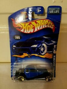 Mattel Hot Wheels 2005 1:64 Scale Black /& Gold 1932 Bugatti Type 50 Die Cast Car #158