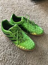 mens indoor soccer shoes size 9