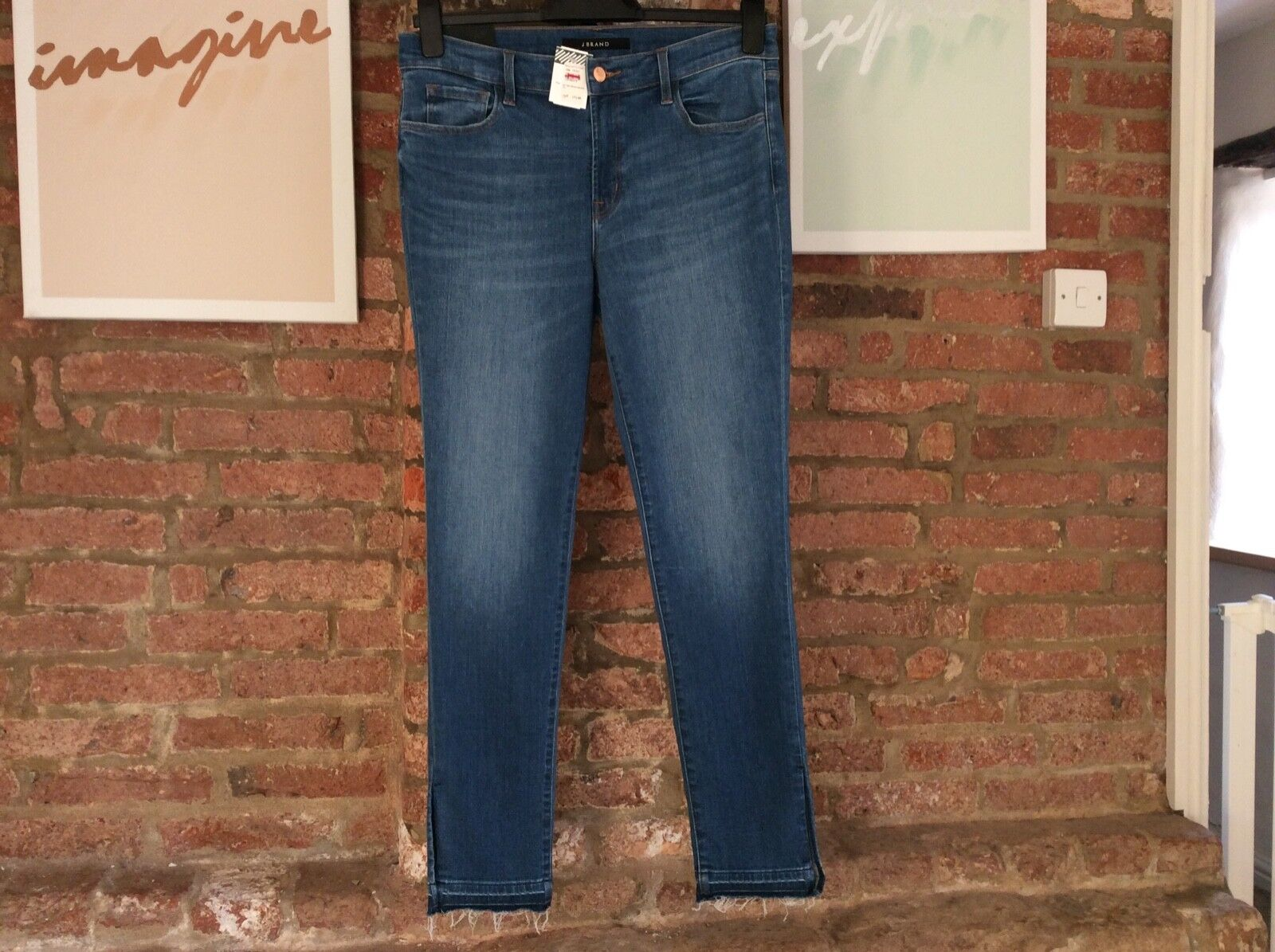 J Brand mid rise skinny jeans in angelic W31 L30