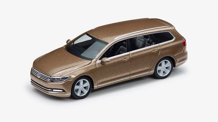 VERY RARE VW PASSAT B8 GT HIGHLINE ESTATE VARIANT gold 1 87 HERPA (DEALER MODEL)