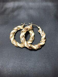 c25a3a041db44 Detalles acerca de Oro Amarillo 10K redondo trenzado Aldaba pendientes 1.1  in (approx. 2.79 cm)- mostrar título original