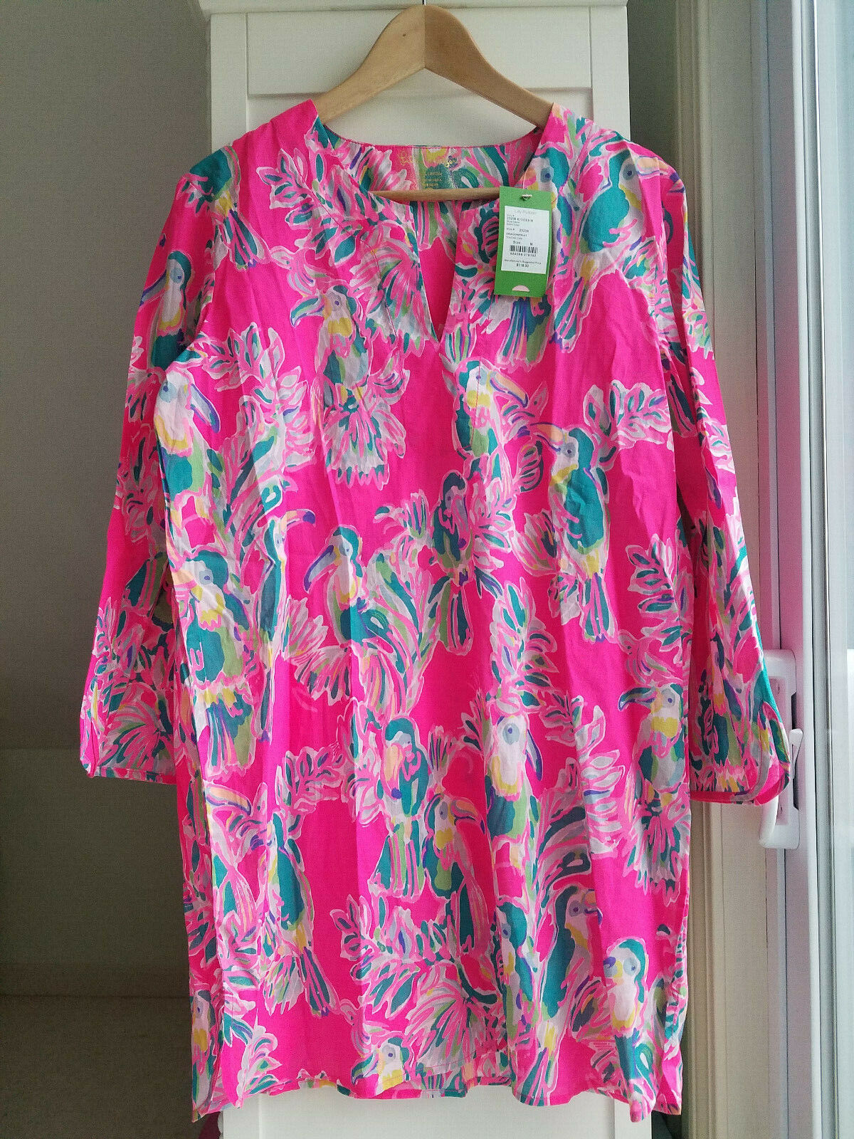 New Lilly Pulitzer Oasis Tunic Top Toucan Can Dragonfruit Medium 24088