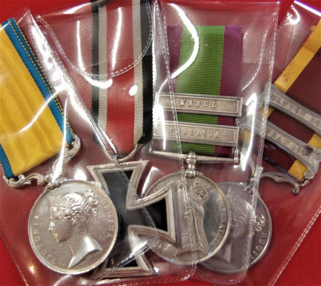 10 X  FULL SIZE MILITARY MEDAL PLASTIC STORAGE SLEEVES HOLDERS