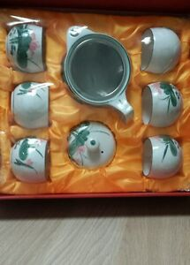 7 pcs NEW Chinese traditional lotus porcelain teapot 6 cups tea party gift set