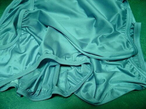 VANITY FAIR RAINFOREST AQUA 15712 PERFECTLY YOURS NYLON BRIEFS PANTIES 9//2XL~NEW