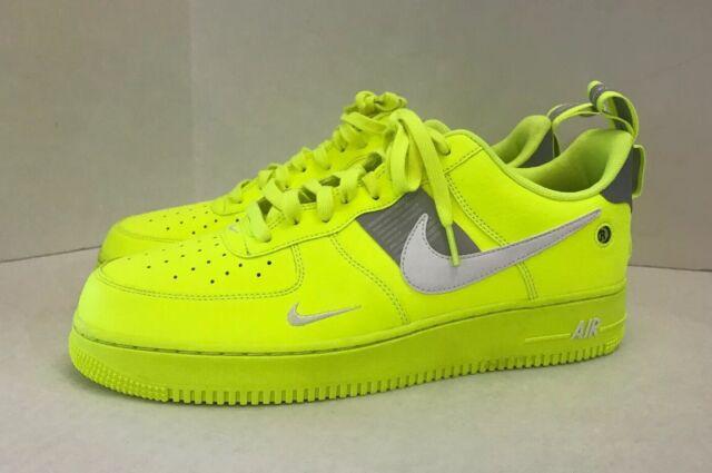 Nike Air Force 1 07 Lv8 Utility Volt White Black Wolf Grey Aj7747 700 Size 11