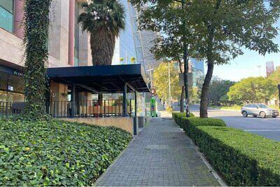 Renta Local Comercial en Santa Fé (frente Univ. IBERO) $165,000.00