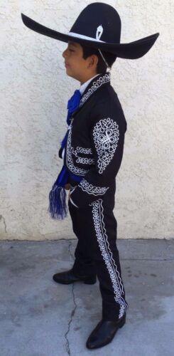 Traje Sutash Mariachi de 5 Piesas Para Niño. Childrens Mariachi 5 Piece Suit
