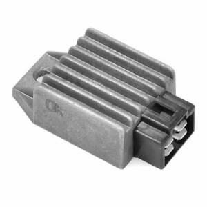 21188-Dze-Regolatore-12V-8A-C-a-C-C-4-Connettori