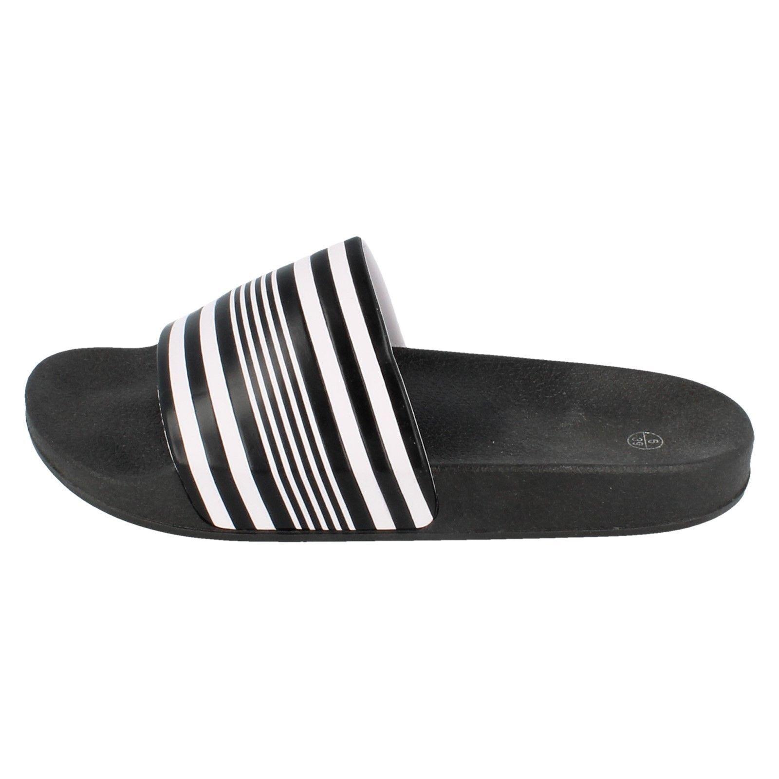 Boys N0R048 Black//White Striped Slip On Sliders by Spot On £7.99