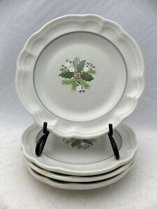 Pfaltzgraff-Christmas-Heirloom-set-lot-of-4-Salad-plates-7-1-4-034-EUC-1993