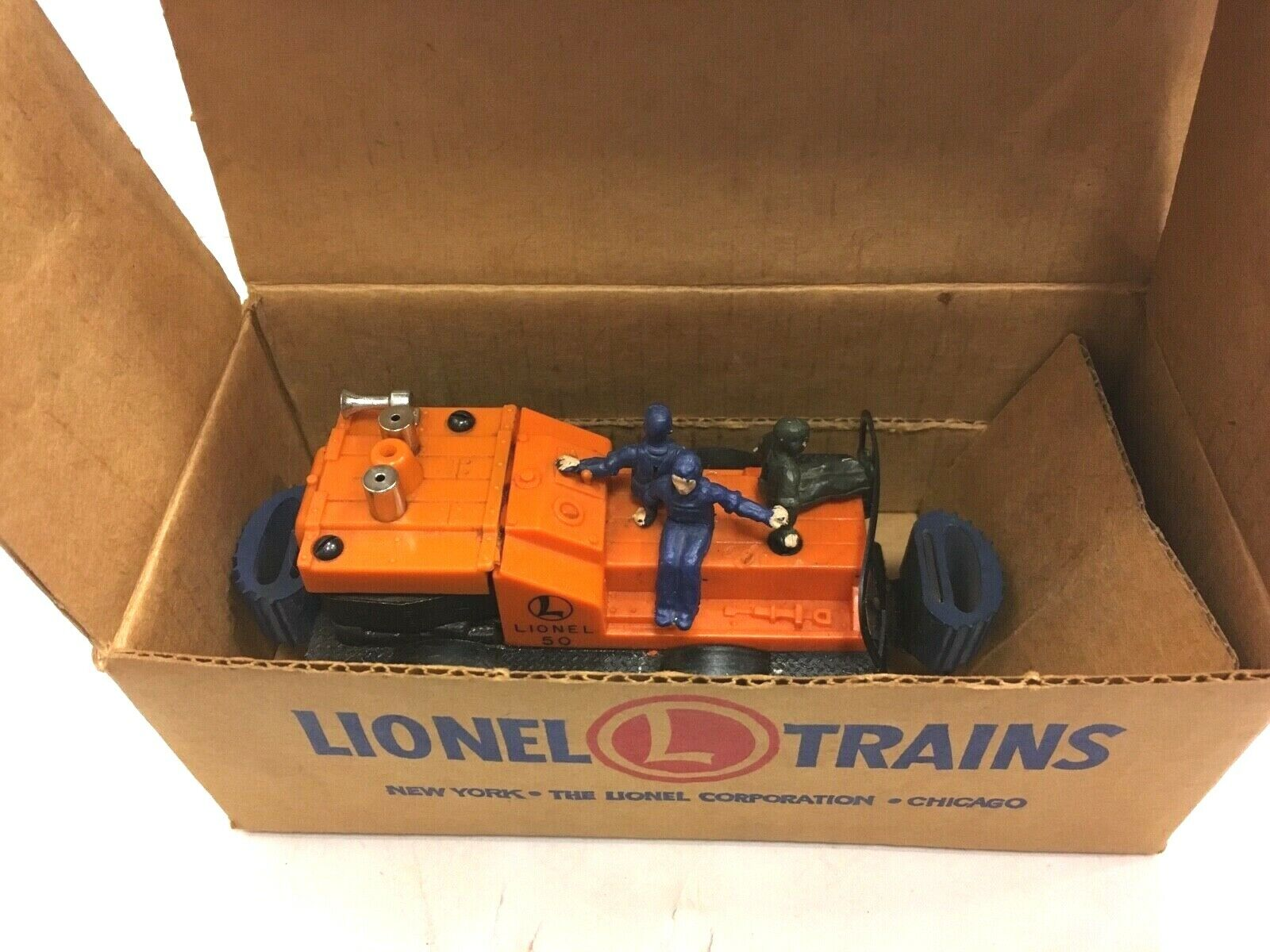 VINTAGE LIONEL TRAIN GANG CAR IN THE BOX FREE SHIPPING
