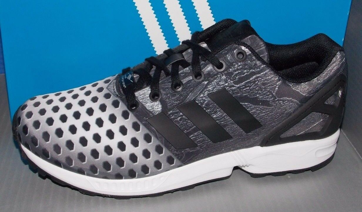MENS ADIDAS ZX FLUX in colors BLACK / BLACK / FTW WHITE SIZE 9.5