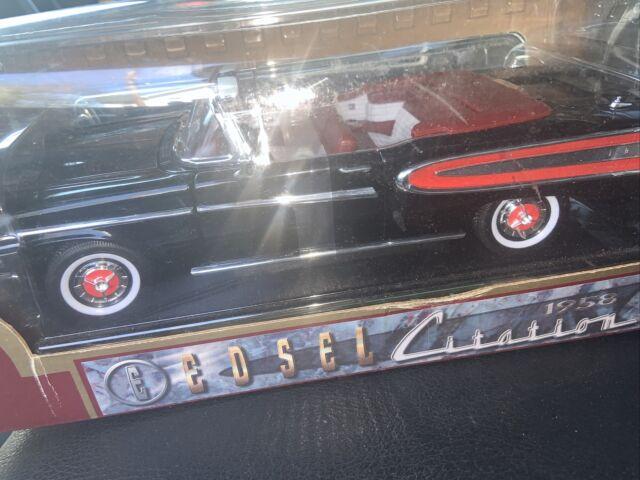 Road Legends 1958 Edsel Citation Convertible 1:18 Scale Die Cast Model Car Black