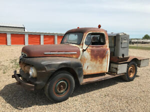 FOR SALE 1951 FORD F3 TRUCK