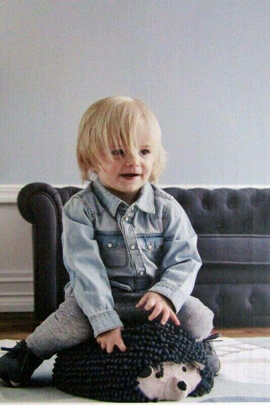 Kinder Hocker -IGEL - EDWIN-. Sitzpolster. Kids Concept   Sweden