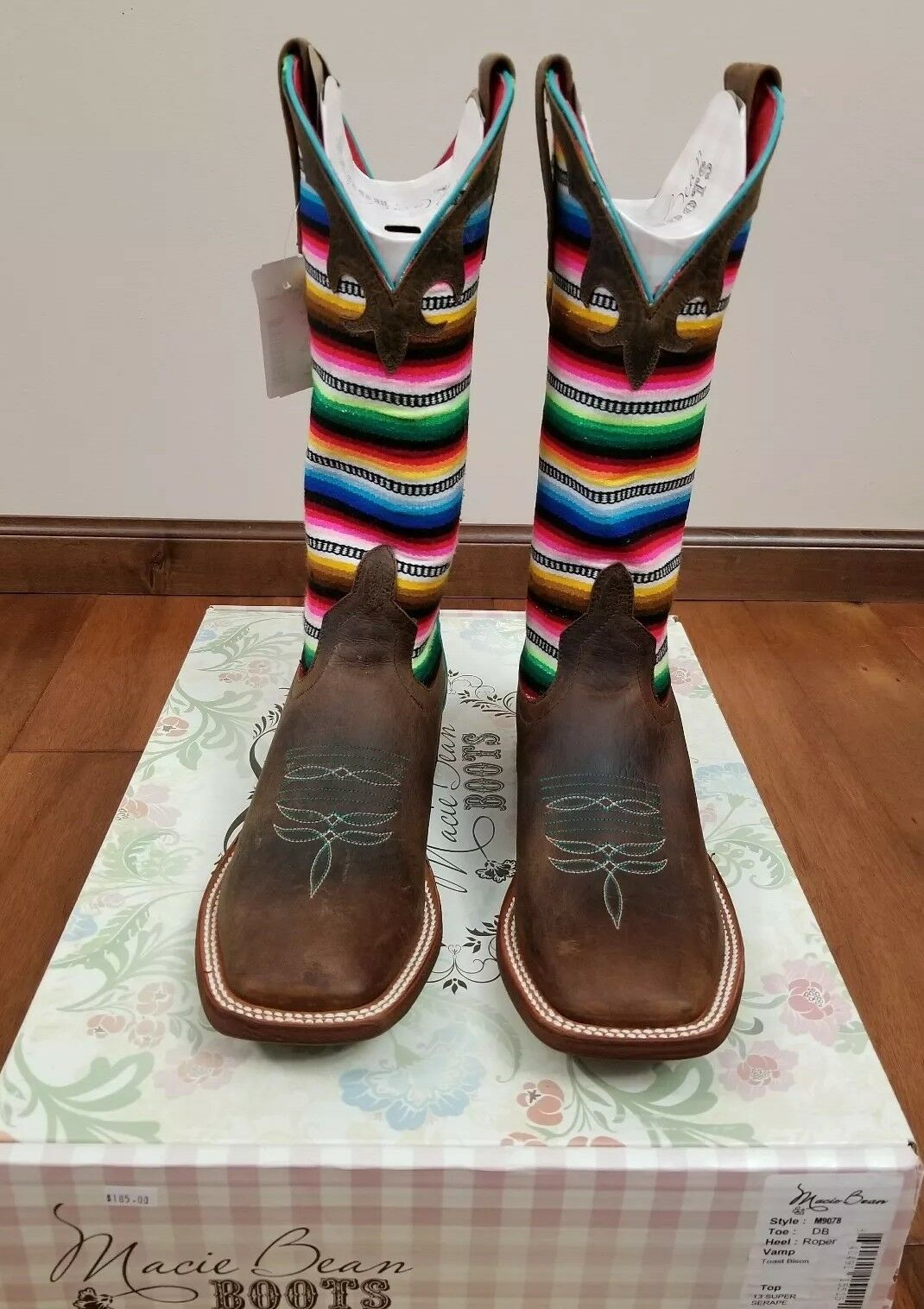 Macie Bean M9078  Ladies Boots Size 7.5
