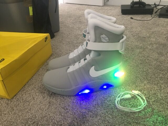 3f01004489bf Nike Air Mag Back To The Future 2011 Marty McFly DS Size 9.5 With ...