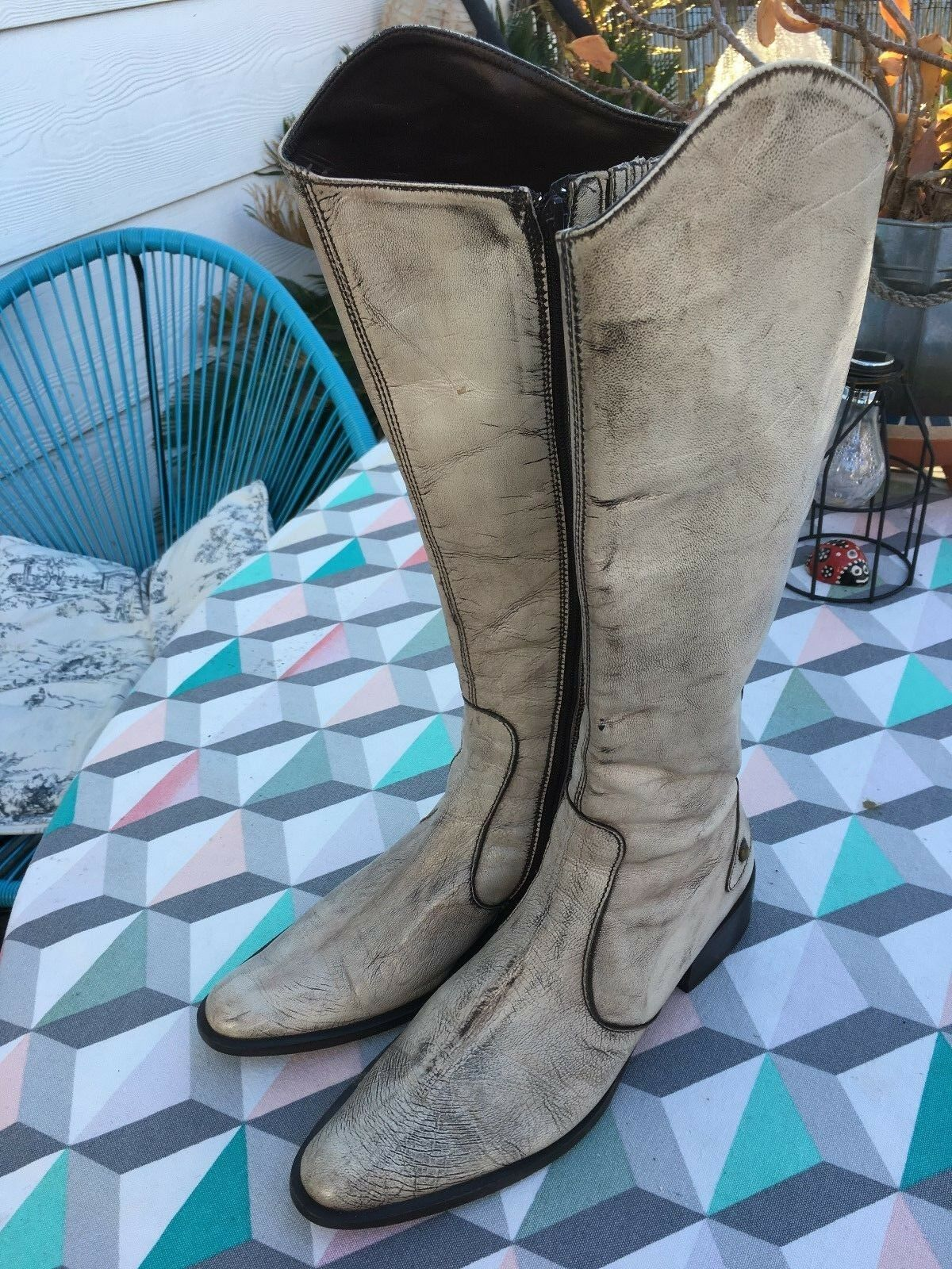 Vintage Italian boots in in cream with brown wash in in size 37 ac872d