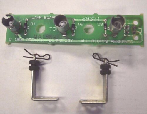 Gottlieb System 3 Pinball ~ MA1868 3-Position Lamp PCB With Standoffs /& Clips
