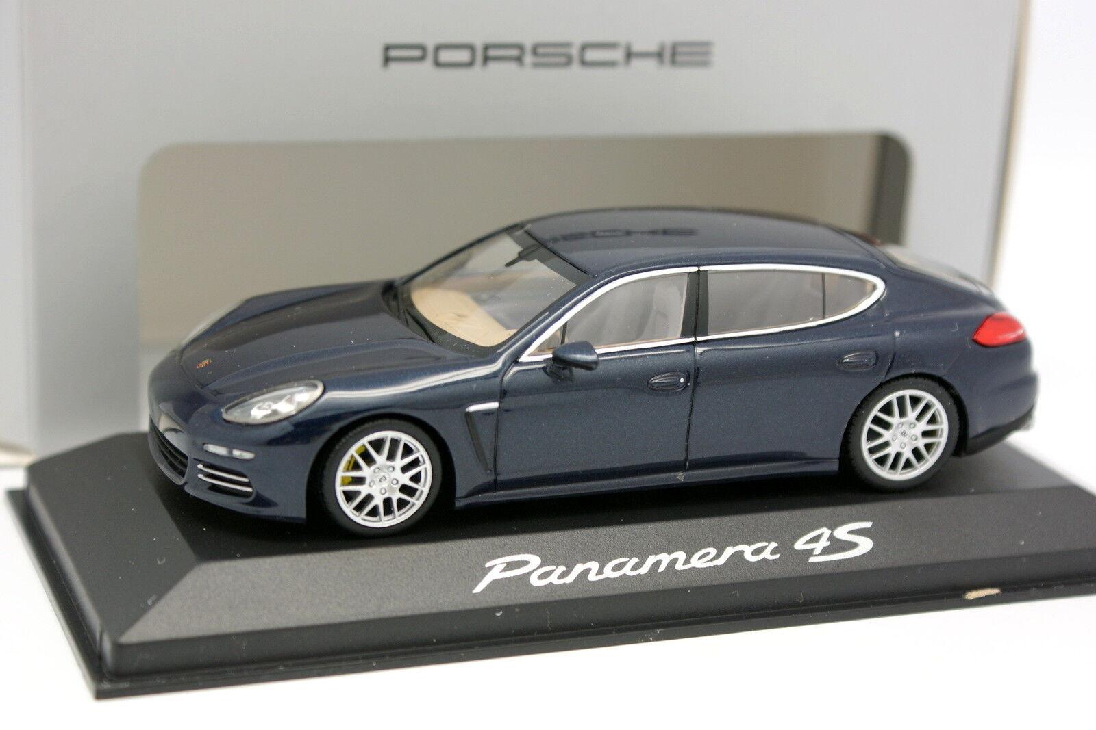 Minichamps 1 43 - Porsche Panamera 4S Bleue