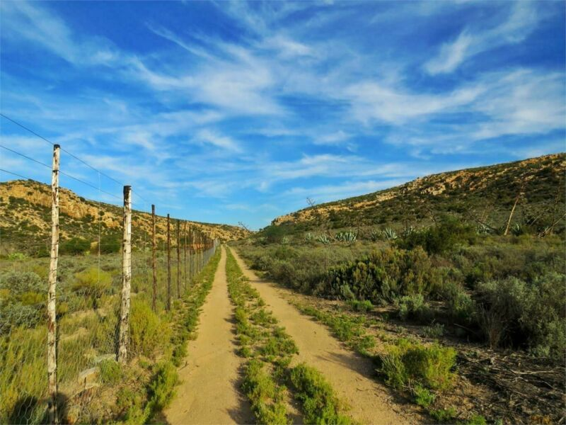 916Ha Farm For Sale in Uniondale Rural