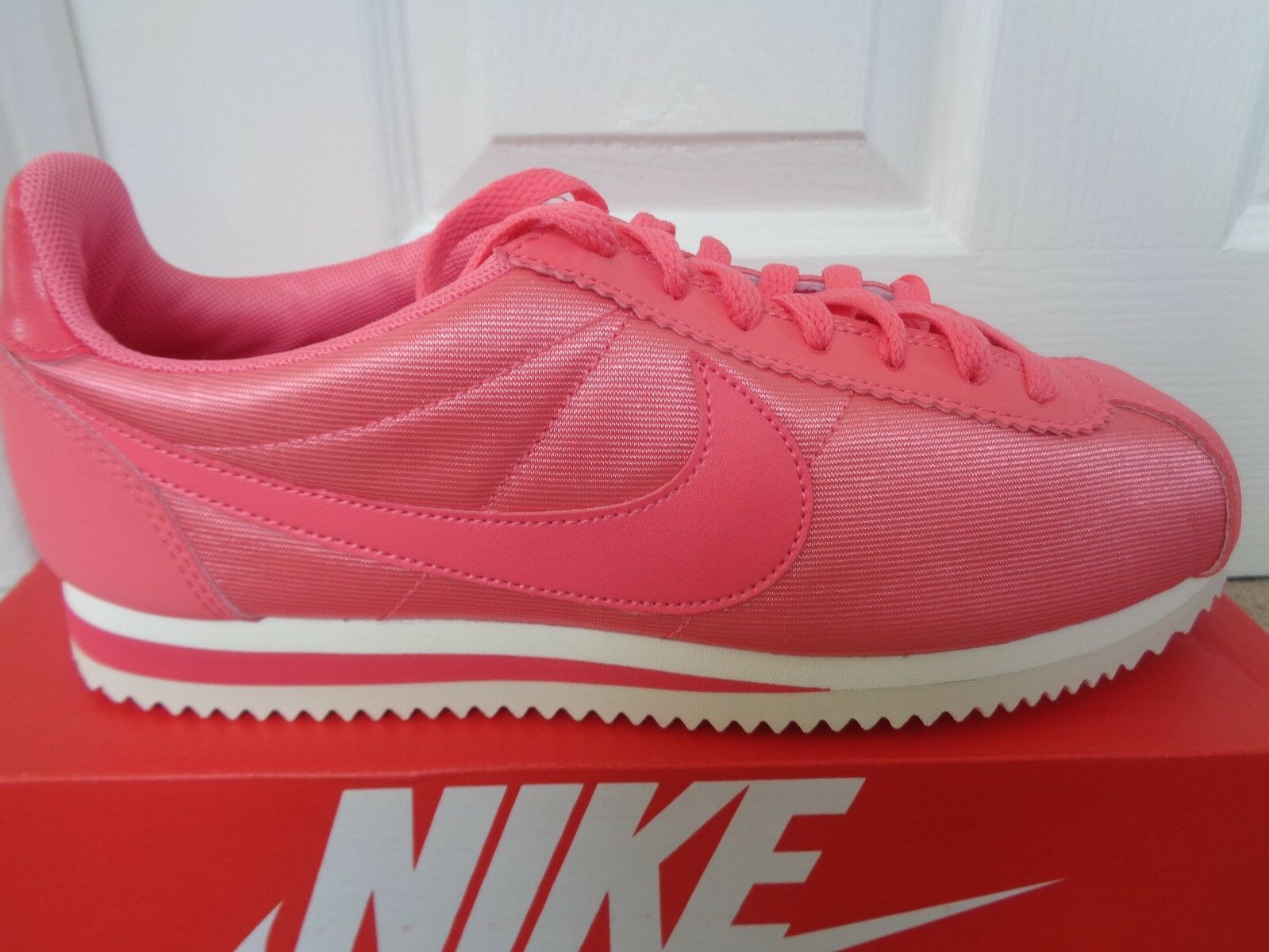 Nike Classic Cortez femmes  trainers sneakers 749864 802 uk 4 eu 37.5 us 6.5 NEW