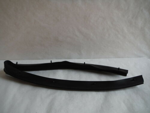 Ford Lower Door Weatherstrip F-250-550 Excursion F81Z-2520758-AA