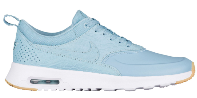 NEW Women's Nike Air Max Thea Shoes Size: 5 Color: White for