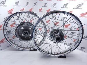 Honda-CB-750-Four-K0-K1-K2-K6-Felge-Hinterrad-Vorderrad-Speichenrad-Satz-Neu