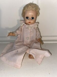 Vintage-Madame-Alexander-8-Little-Genius-Doll-1950s-In-Tagged-Nightgown