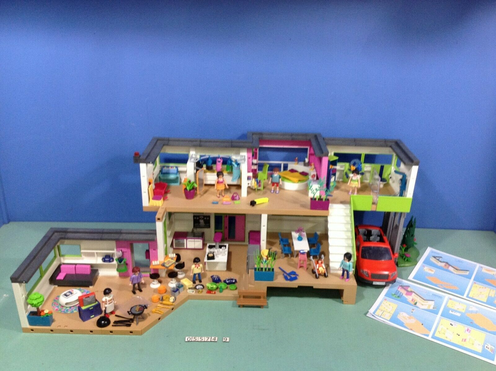(O5574.9) playmobil grande maison moderne ref 5574 + 10 ref