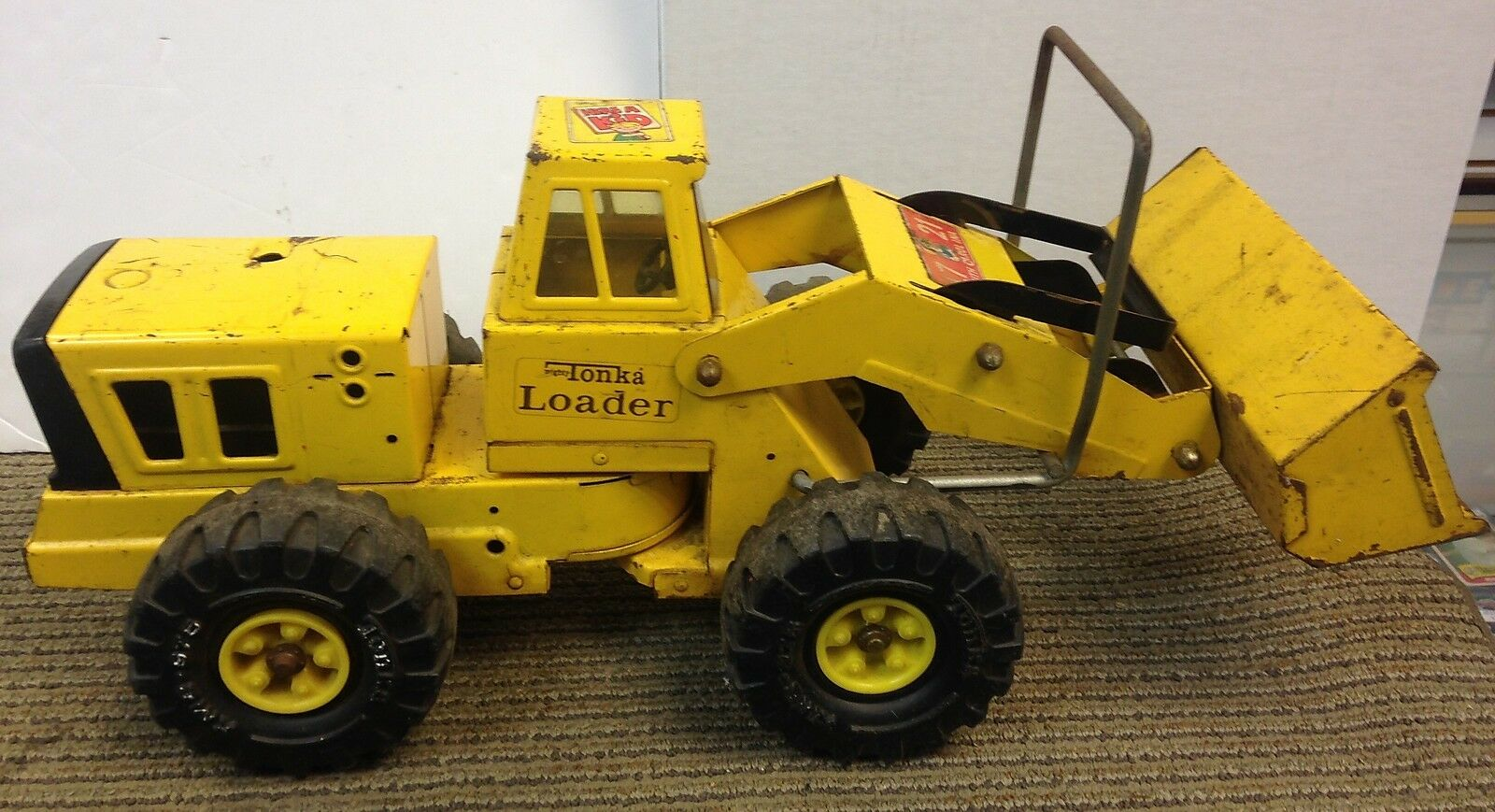 Vintage TONKA Mighty FRONT LOADER Pressed STEEL Yellow 1970s