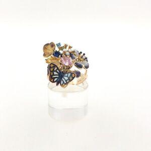 Damenring-mit-Schmetterling-und-Blumen-aus-14-kt-Gold-mit-Farb-Kristalle-und-Ema