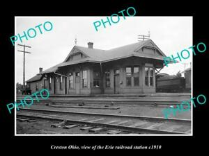 OLD-LARGE-HISTORIC-PHOTO-OF-CRESTON-OHIO-THE-ERIE-RAILROAD-STATION-c1910-1