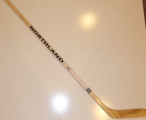 NORTHLAND PRO FULL SIZE VINTAGE LIMITED EDITION WOOD HOCKEY STICK